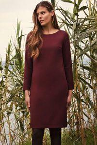 Kleid aus Schurwolle in Bordeaux