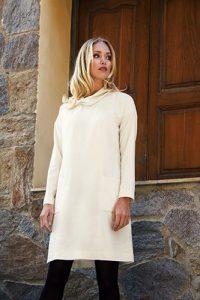 Kleid mit Turtleneck aus Wolle